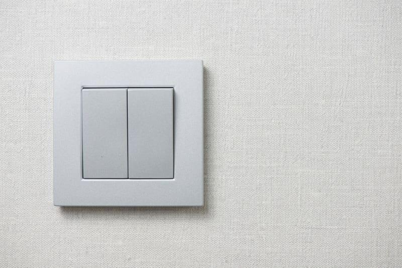 Włączniki i wyłączniki światła